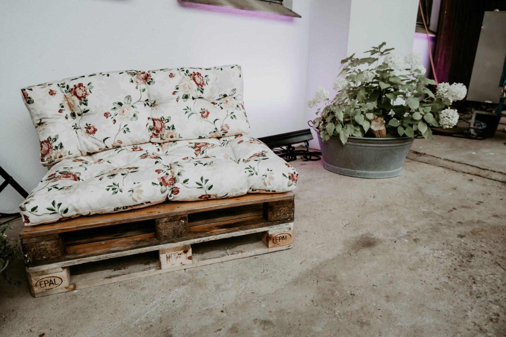 Palettensofa outdoortauglich, Lounge für Veranstaltungen, Aalen, Ostalb